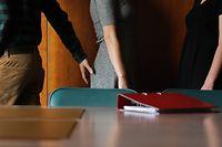 Auch ein Jahr nach Beginn der #metoo-Debatte gehört sexuelle Belästigung am Arbeitsplatz nicht der Vergangenheit an.