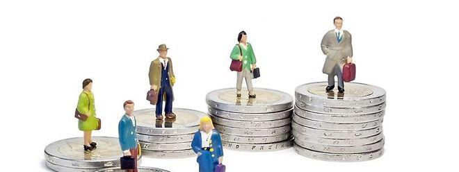 Institutions Europeennes Les Salaries De L Ue Ne Veulent Plus