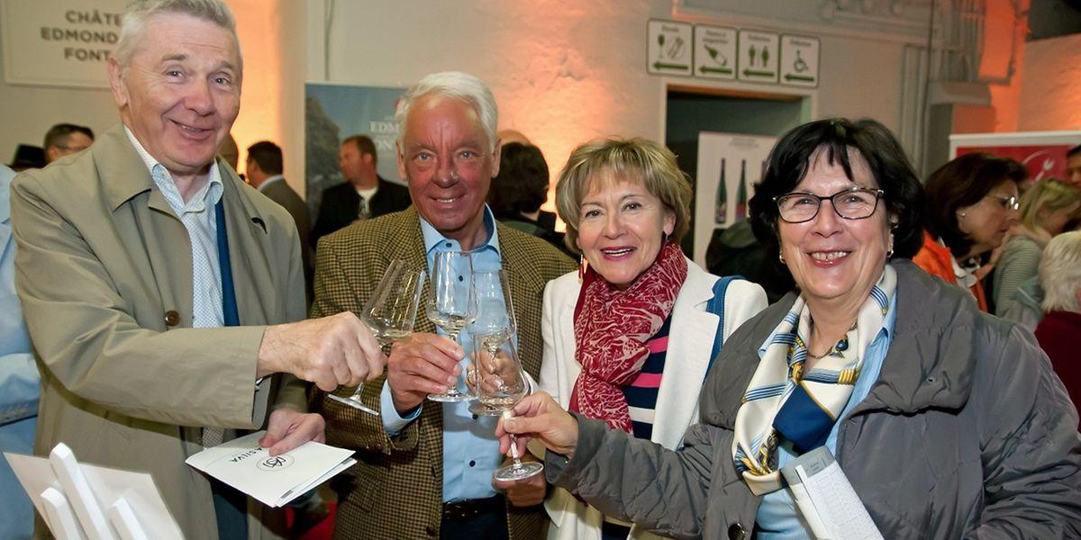 Die Besucher hatten die Wahl zwischen u.a. 74 luxemburgischen Weißweinen, vier Pinot-noir- und drei Rosé-Weinen.