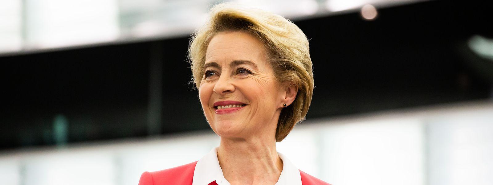 Das Warten hat ein Ende: Ursula von der Leyen und die neue EU-Kommission können ihre Ämter mit einem Monat Verzögerung antreten.