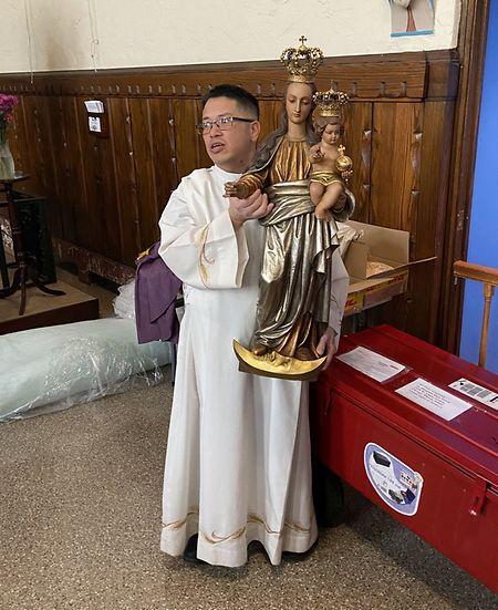 Eine Trösterin-Statue wurde jüngst in eine Pfarrei nach Chicago geschickt.