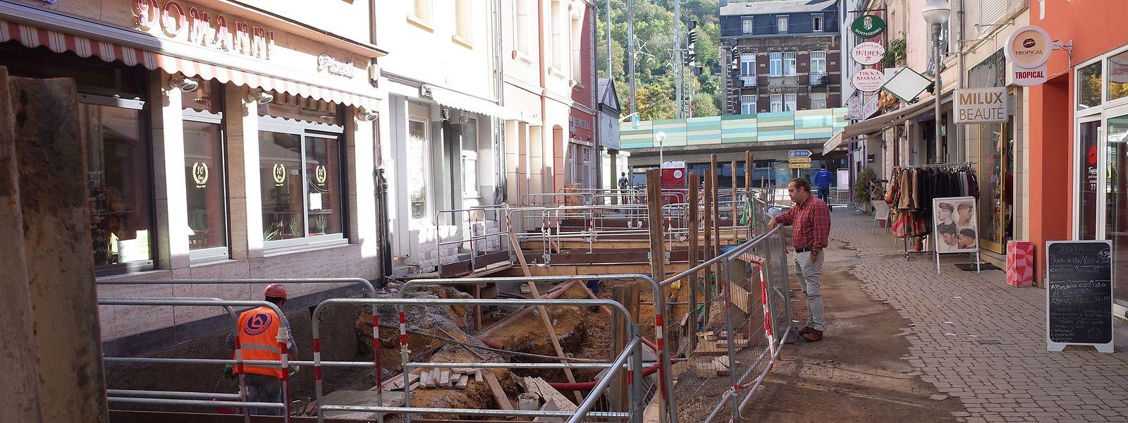 In der Rue du Brill werden die Arbeiten noch einige Monate andauern. Voraussichtlich soll alles für Ostern 2019 abgeschlossen sein.