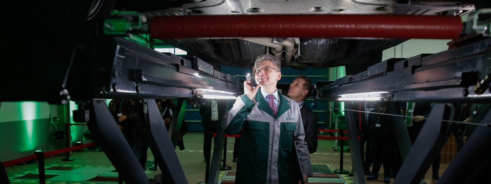 89% des véhicules immatriculés au Luxembourg sont des véhicules de la catégorie Ml (voitures) et Nl (camionnettes} soumis au contrôle technique périodique.