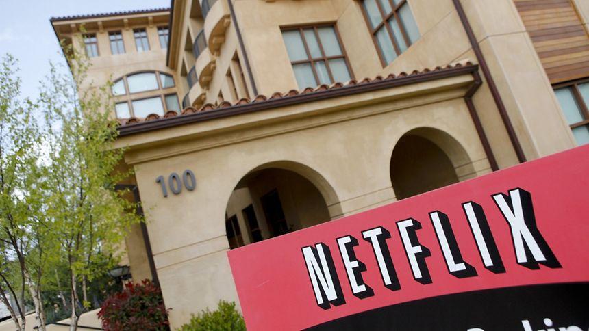 Les Européens abonnés à un service proposant des contenus en ligne comme Netflix ou Canal+ pourront, à partir de début 2018, continuer à accéder à ce contenu quand ils voyagent dans l'UE.