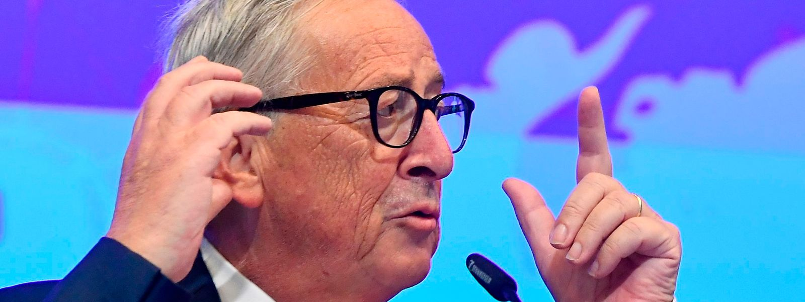 Jean-Claude Juncker ne ferme pas la porte aux propositions de Boris Johnson mais certaines conditions restent de mise.