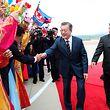 Moon Jae In (M.) und Kim Jong Un wollen weiter über nukleare Abrüstung verhandeln.
