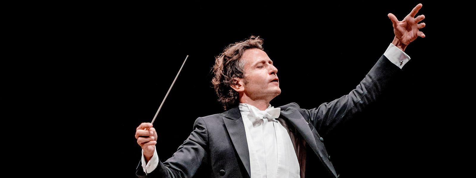 A la tête du Philharmonique jusqu'en 2025, c'est le chef Gustavo Gimeno qui a choisi de le mettre à l'honneur sur un enregistrement.