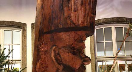 Schnitze dein Leben aus dem Holz, das du hast