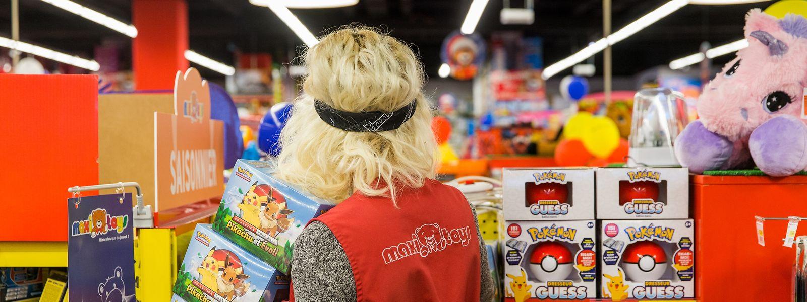 """Die Mitarbeiter sind bei """"Maxi Toys"""" in Foetz voll beschäftigt: In der Weihnachtszeit macht das Geschäft mehr als die Hälfte seines Jahresumsatzes."""