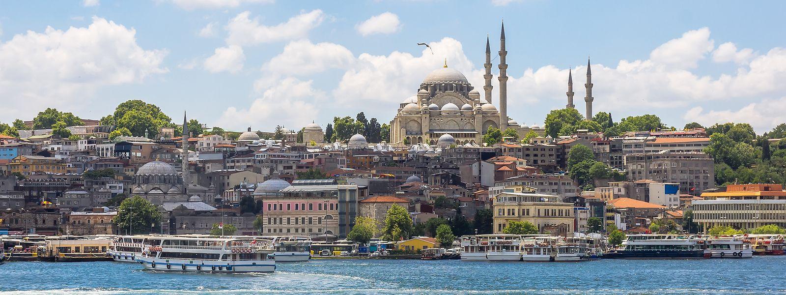Blick auf die Altstadt der Metropole am Bosporus.