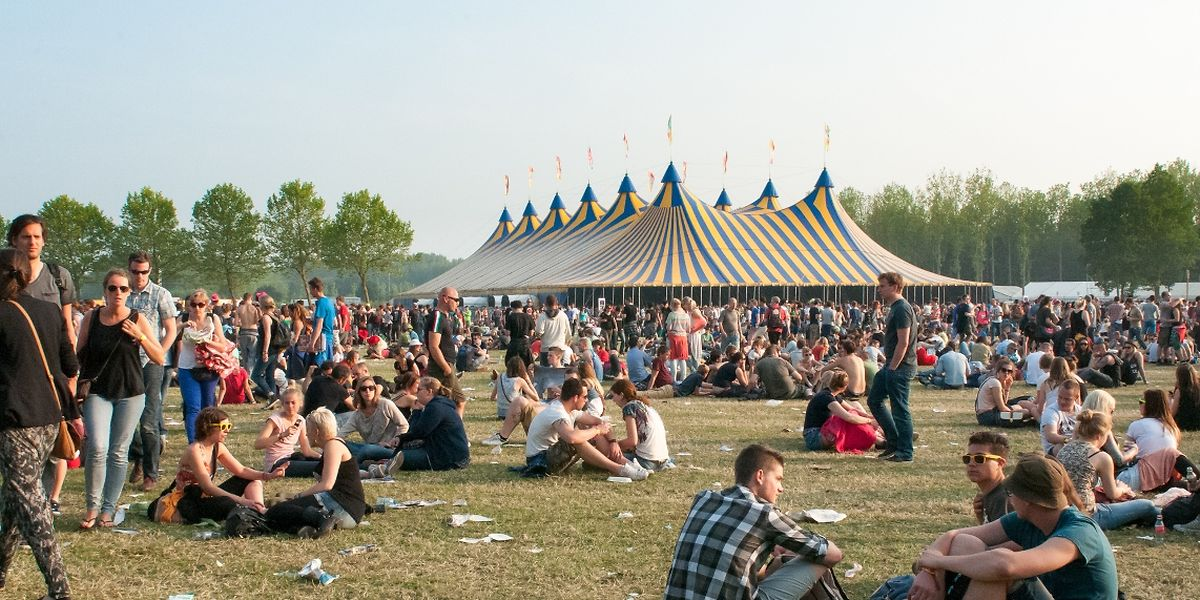 Die Festivals geben die Namen ihrer ersten Bands bekannt.