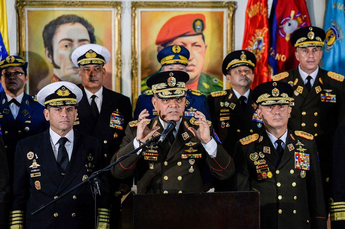 Maduro wird noch vom Militär gestützt. Das erschwert die Situation für die Opposition erheblich.