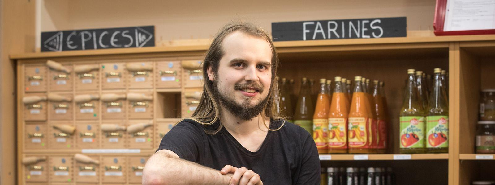 """""""Ouni""""-Geschäftsführer Joshua Streitz setzt auf verantwortungsvolles Einkaufen und gesundes Essen."""