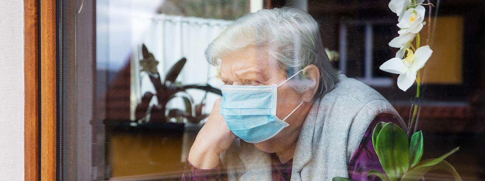 Les résidents pourront sortir des maisons de retraite 14 jours après l'injection de la deuxième dose de vaccin.