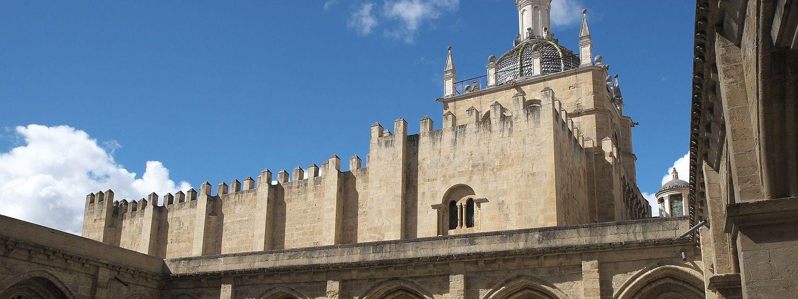 """Die Kathedrale """"Se Velha"""" in Coimbra gehört zum Unesco-Weltkulturerbe."""