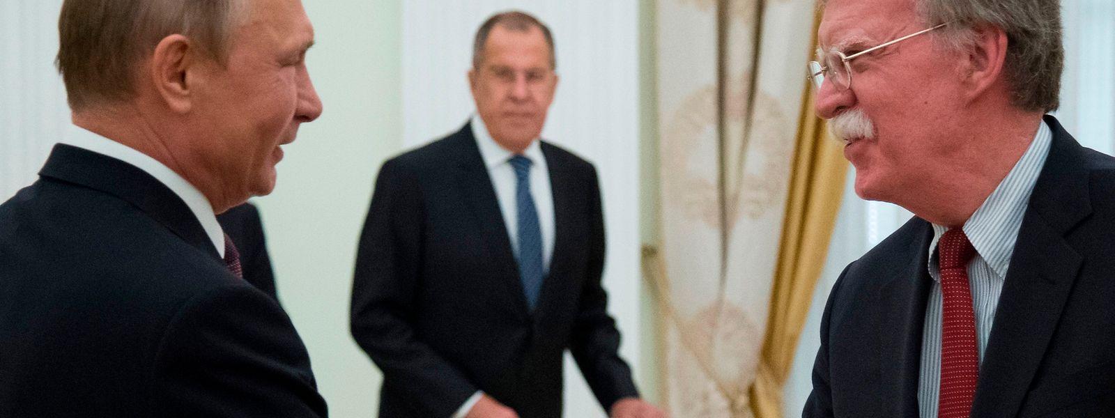 Trumps Sicherheitsberater John Bolton traf sich am Mittwoch in Moskau mit Putin.