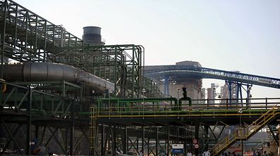 Ternium kauft sein erstes Stahlwerk in Brasilien, 60 Kilometer von Rio de Janerio.