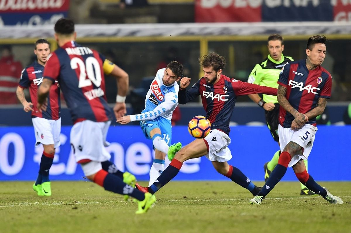 Le Napoli de Dries Mertens défie le Real Madrid de Cristiano Ronaldo. Le stade San Paolo bouillonne déjà mais avant il y a un match aller à négocier pour les Italiens.