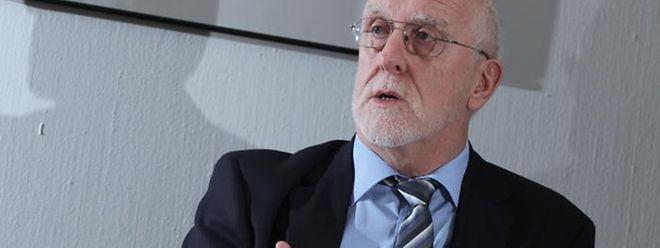 """""""Wir hatten gedacht, dass viele Bürger in 2014 noch schnell reinen Tisch machen und dass dann nur noch ganz wenige Anzeigen kommen"""", so Finanzamtsvorsteher Jürgen Kentenich."""