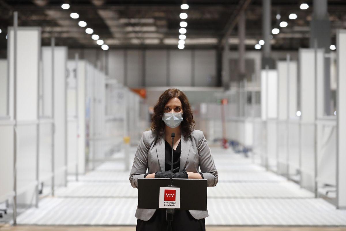 Die Präsidentin der Region Madrid, Isabel Diaz Ayuso, hielt bei der Schließung des Feldkrankenhauses eine emotionale Rede.