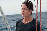 Auf dem Meer herrschen andere Gesetze: Rike (Susanne Wolff) segelt allein und muss eine folgenschwere Entscheidung treffen.