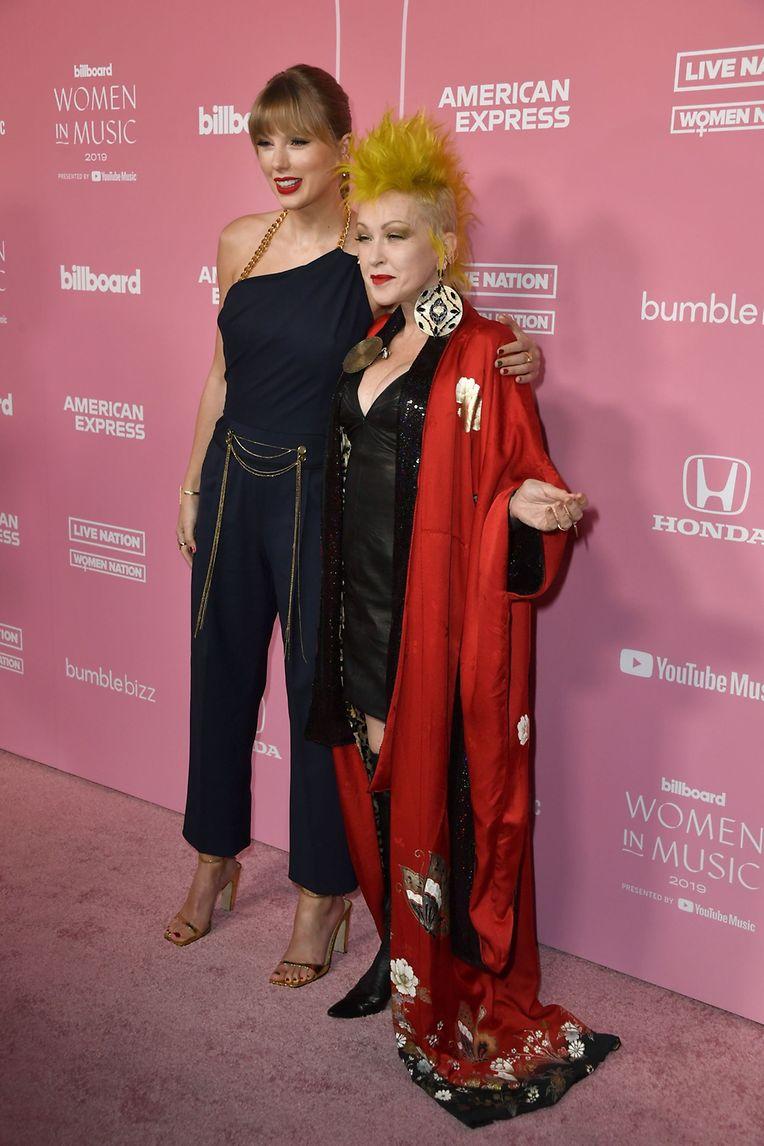 Veja a galeria de imagens com algumas das cantoras premiadas e presentes na cerimónia dos Women in Music