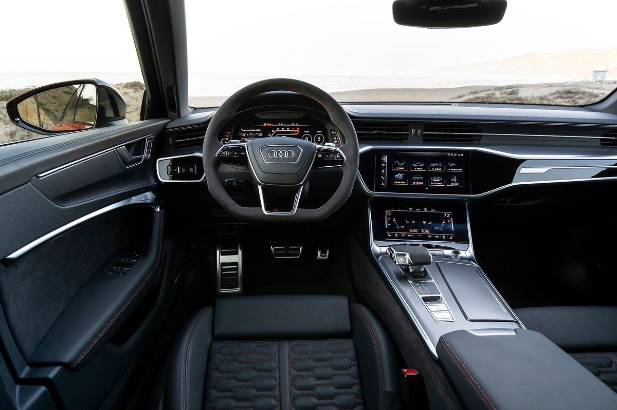 Im Interieur setzt Audi wie gehabt auf sportliche Eleganz.