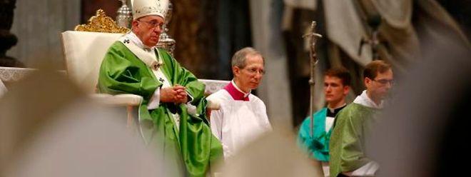 """Papst Franziskus erwartet eine """"ehrliche, offene und brüderliche"""" Auseinandersetzung."""