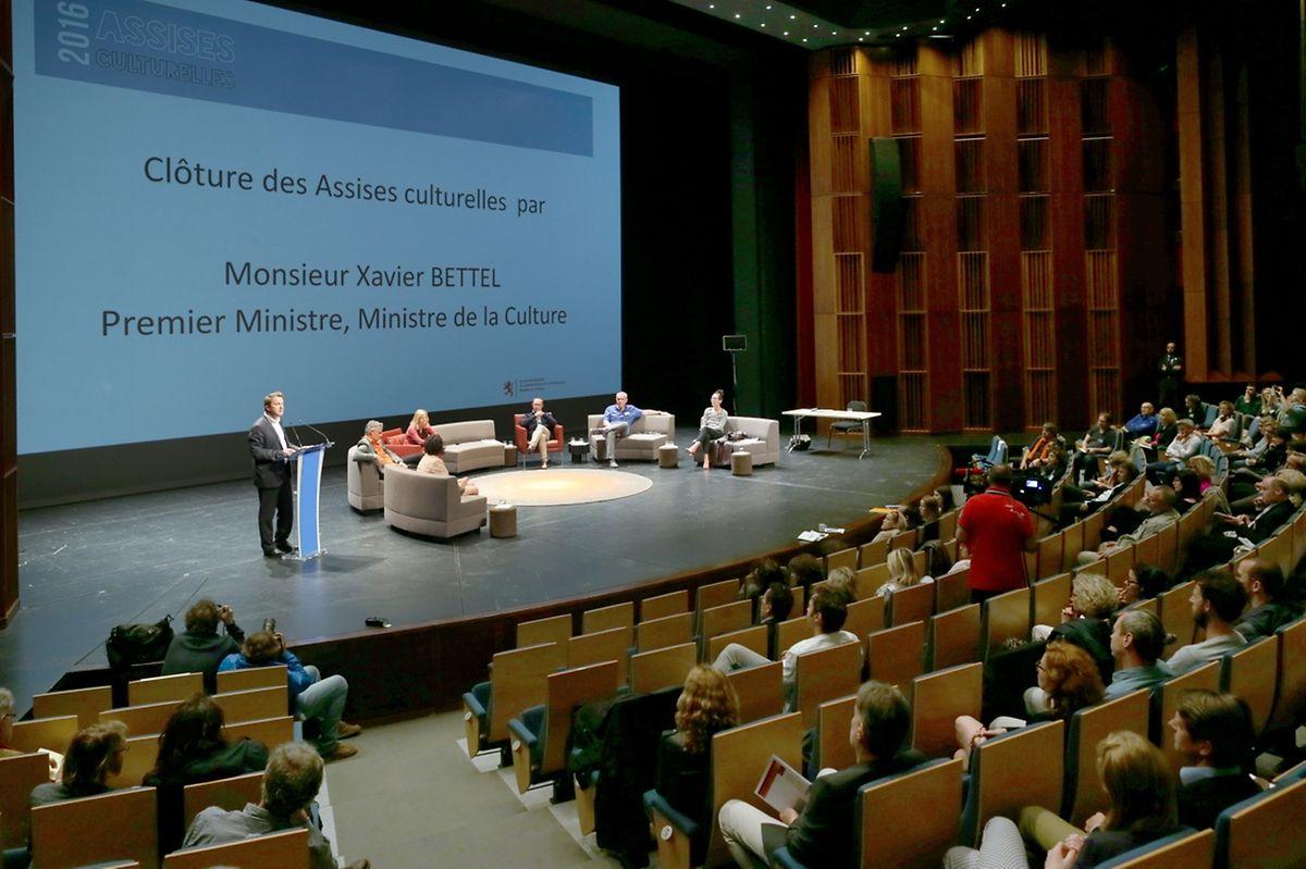 Le Premier ministre et ministre de la Culture Xavier Bettel a assisté à la présentation des rapports des différentes tables rondes.