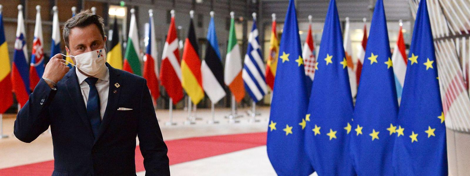 Xavier Bettel beriet noch am Freitagabend mit der Gesundheitsministerin und Experten über die aktuelle Situation bei den Corona-Neuinfektionen. Zuvor hatte Bettel am EU-Gipfeltreffen in Brüssel teilgenommen.