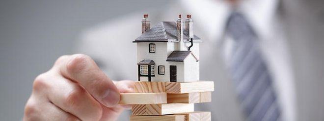 Wer einen Immobilienkredit bekommt, entscheidet jede Bank selbst.