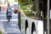 Lokales, mobiliteit, Mobilität, Vélo, Fahrrad, Fußgänger, Auto, Bus, piétons, piéton, Radweg, piste cyclable, Cycliste,  Foto: Chris Karaba/Luxemburger Wort