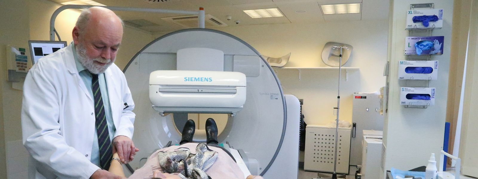 Vier neue IRM-Geräte will die Politik anschaffen - zwei reichen, war die Meinung der CNS.