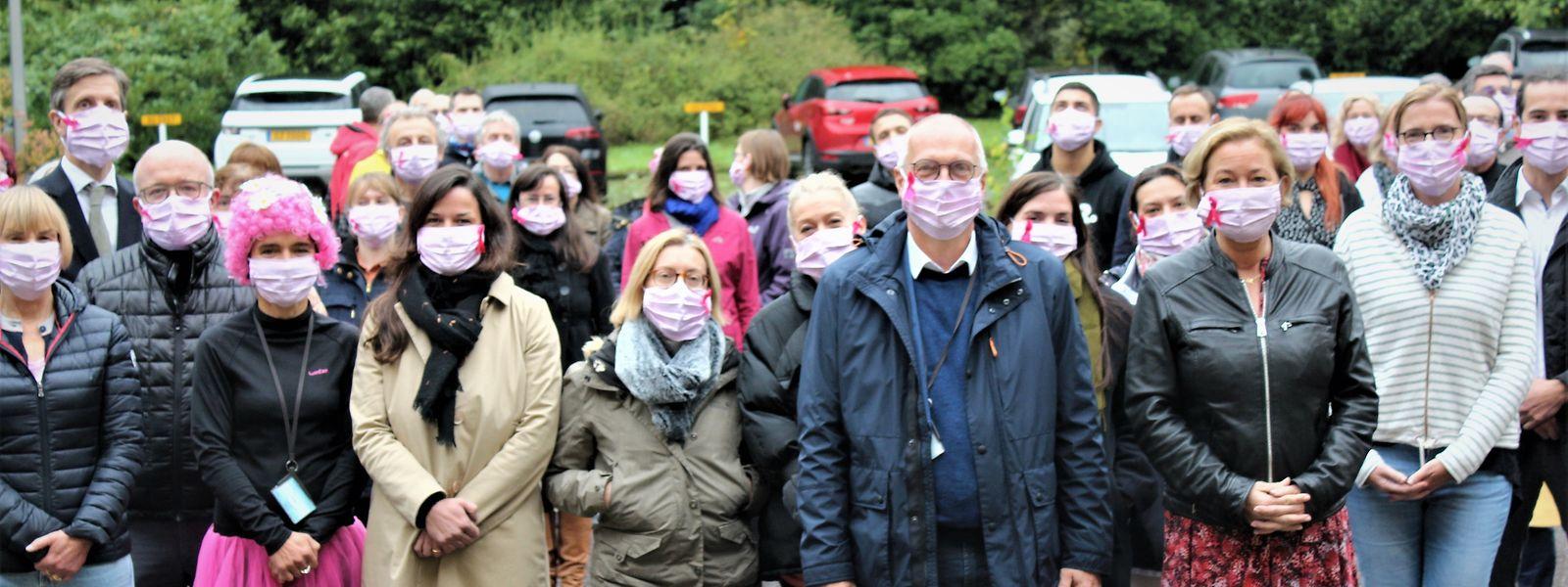 Tout au long du mois d'octobre, la Direction de la Santé distribue des masques roses à toutes les femmes ayant réalisé une mammographie via le programme de prévention.