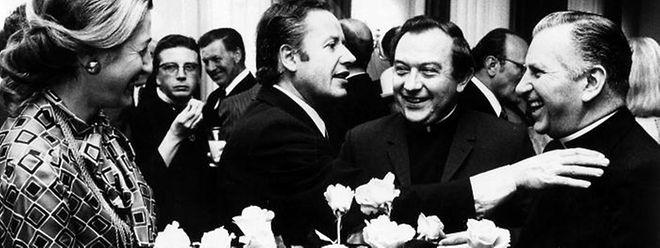 """Der damalige Chefredakteur des """"Luxemburger Wort"""" André Heiderscheid (2. v. r.) riet der CSV 1974 den Gang in die Opposition. Der Liberale Gaston Thorn (3. v. r.) wurde Premierminister."""