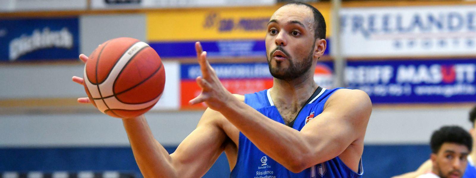 Xavier-Robert François kommt gegen Heffingen auf insgesamt neun Punkte.