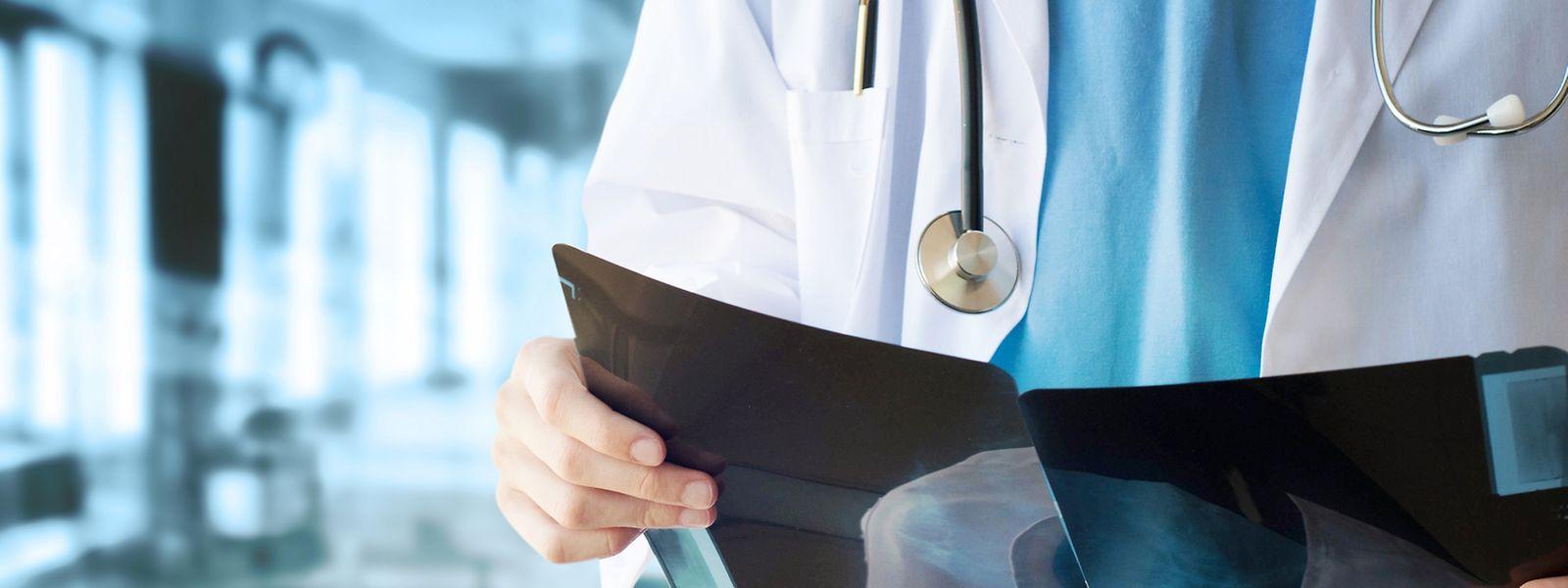 Vier Spitalgruppen - das CHL, das Chem, das Centre hospitalier du Nord und die Hôpitaux Robert Schuman - bilden das Rückgrat der Krankenhausversorgung.