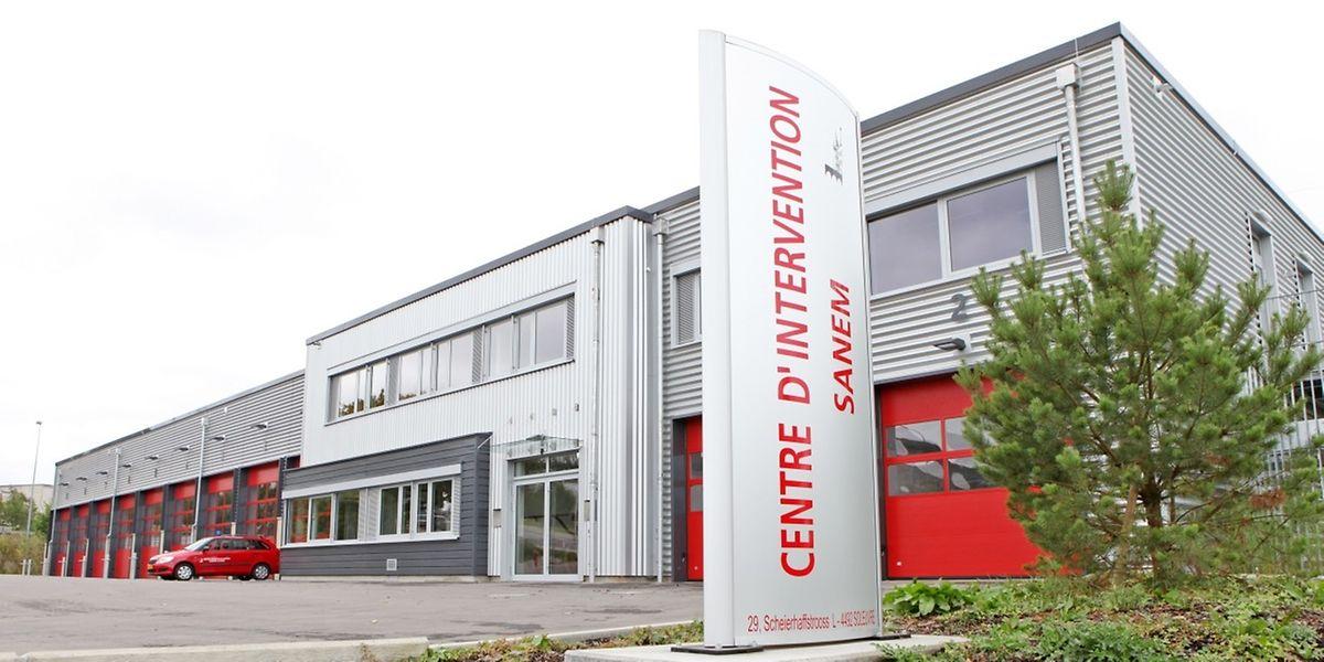 """Das Einsatzzentrum """" auf Scheierhaff˝ beherbergt unter einem Dach die Rettungsdienste der Gemeinden Sassenheim und Differdingen."""
