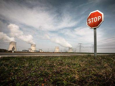 """Das """"Nationale Aktionskomitee gegen Atomkraft"""" sieht das AKW Cattenom als Bedrohung für Luxemburg."""