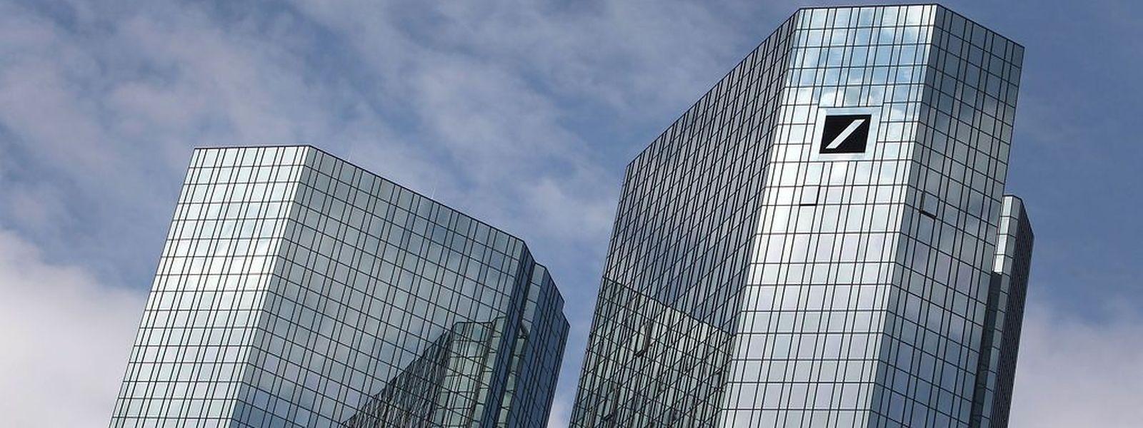 Am Dienstag hatten Ermittler Büroräume der Deutschen Bank in Frankfurt durchsucht. (Foto: AFP)