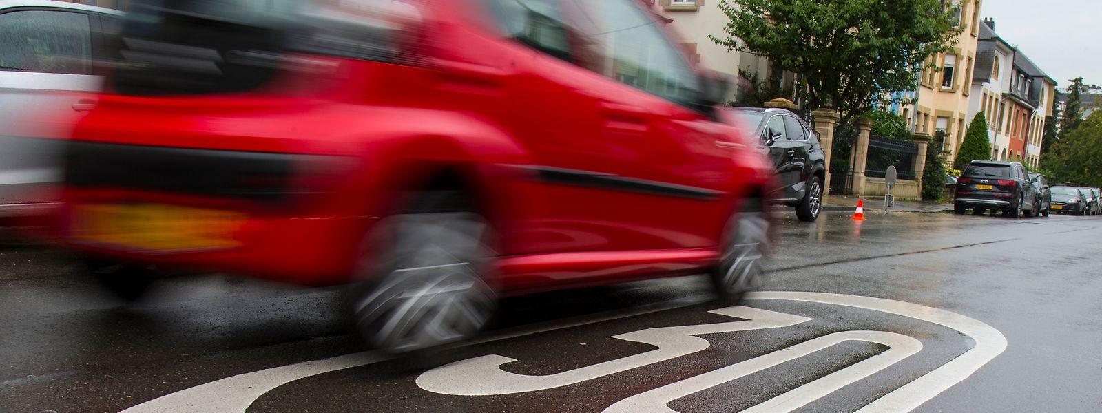 Straßen mit 30er-Limit sind sicherer als Straßen, auf denen maximal 50 km/h erlaubt sind.