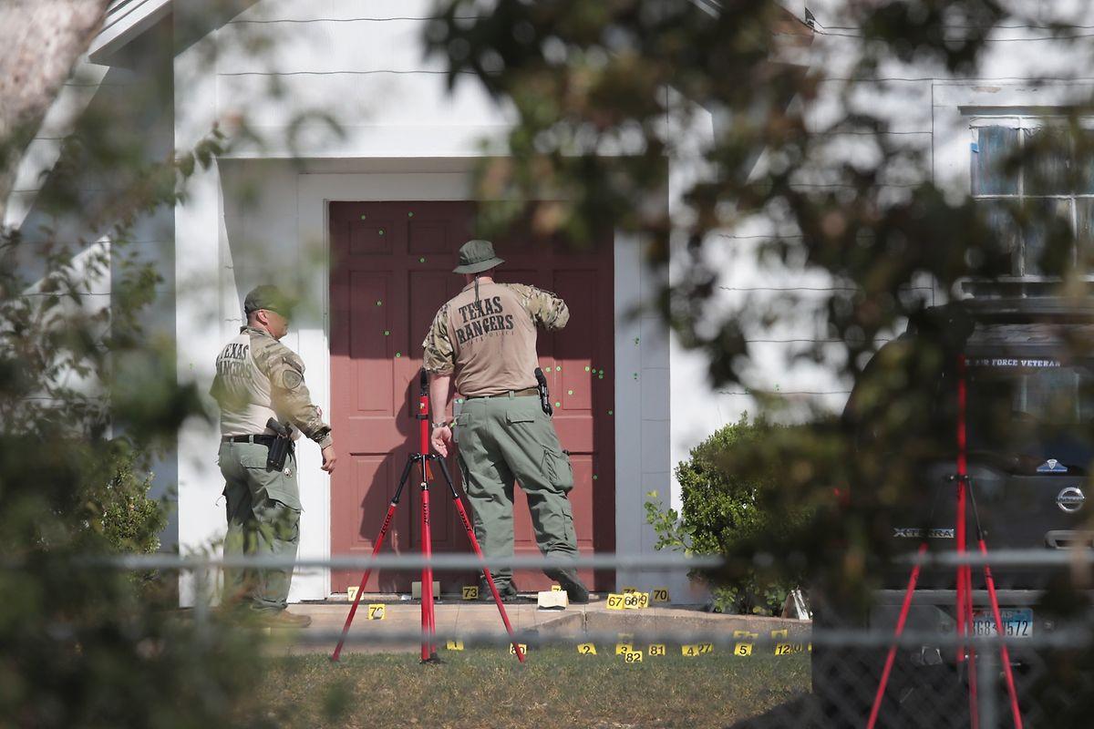 450 Schuss soll Kelley in und vor der Kirche abgegeben haben.