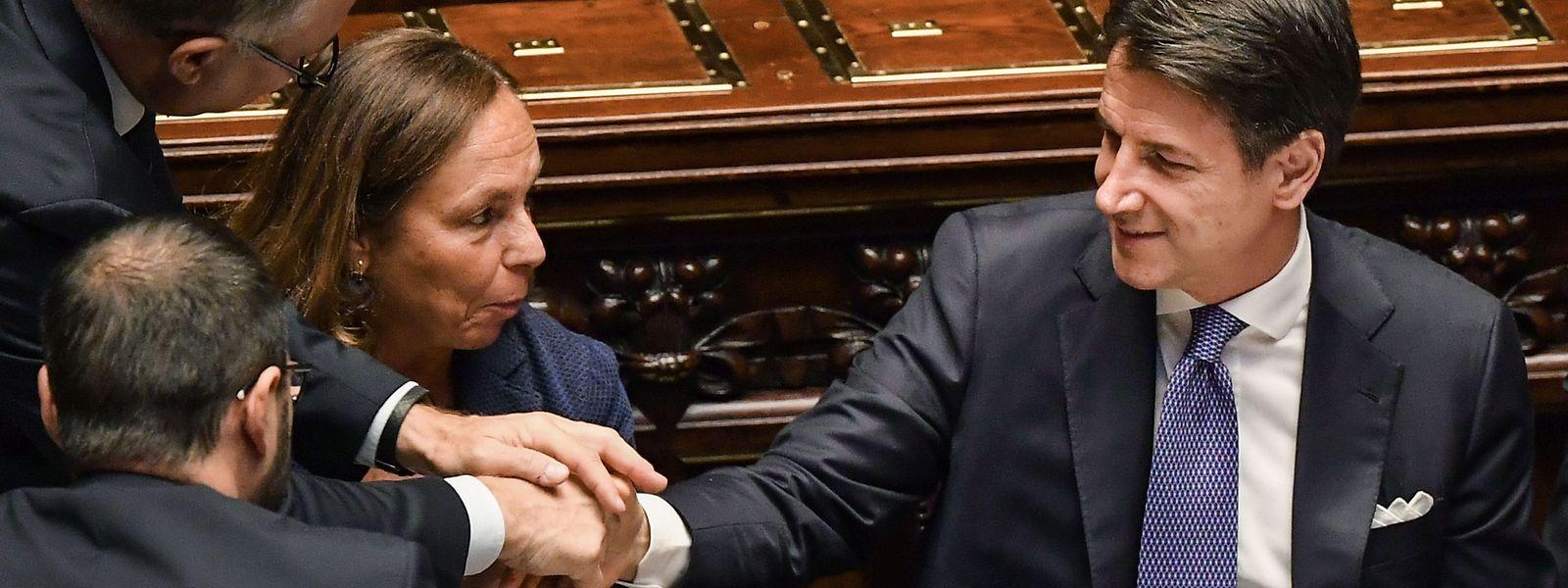 Le premier ministre Giuseppe Conte, serein avant d'intervenir devant les parlementaires ce lundi.