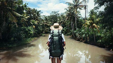 Wenn die große weite Welt auf einen wartet, kann das für Alleinreisende ebenso befreiend wie einschüchternd sein.
