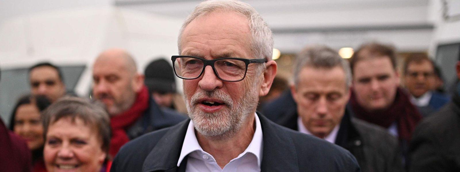 Der Oppositionsführer Jeremy Corbyn dürfte sich über die jüngsten Umfrageergebnisse freuen.