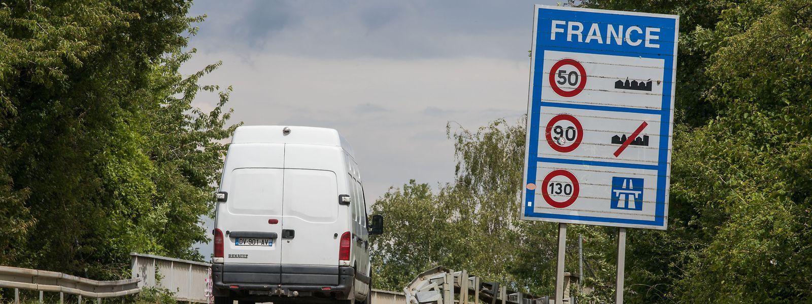 La propagation du virus s'accélère de l'autre côté de la frontière, aussi bien côté français que belge.