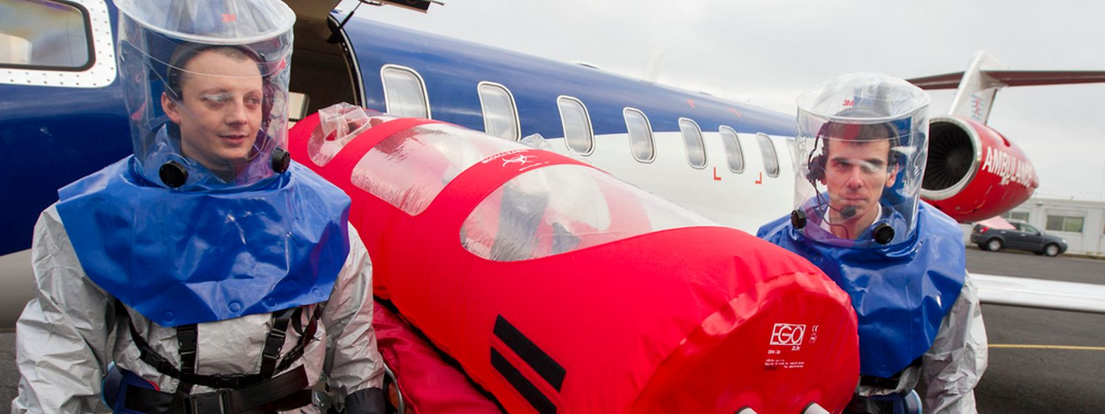Zwei Lear-Jets der Air Rescue wurden so umgerüstet, dass sie Ebola-Patienten transportieren können.