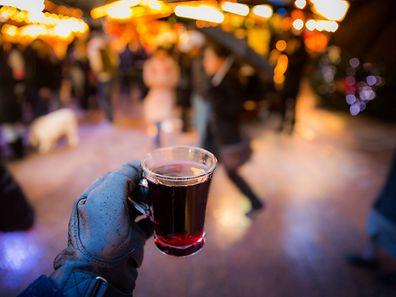 C'est le vin chaud qui est la boisson la plus populaire du marché de Noël selon une étude TNS Ilres.