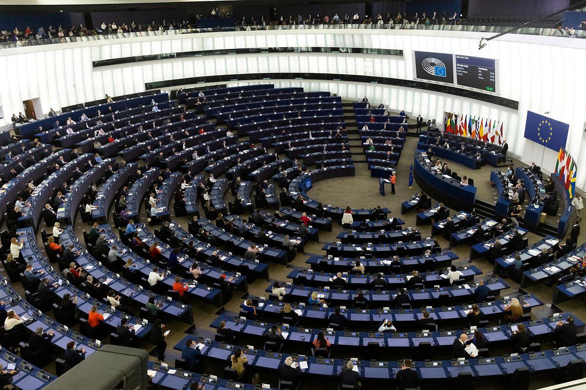 Von der Leyen teve direito a sala cheia no discurso do Estado da Nação, na sede do Parlamento Europeu em Estrasburgo.