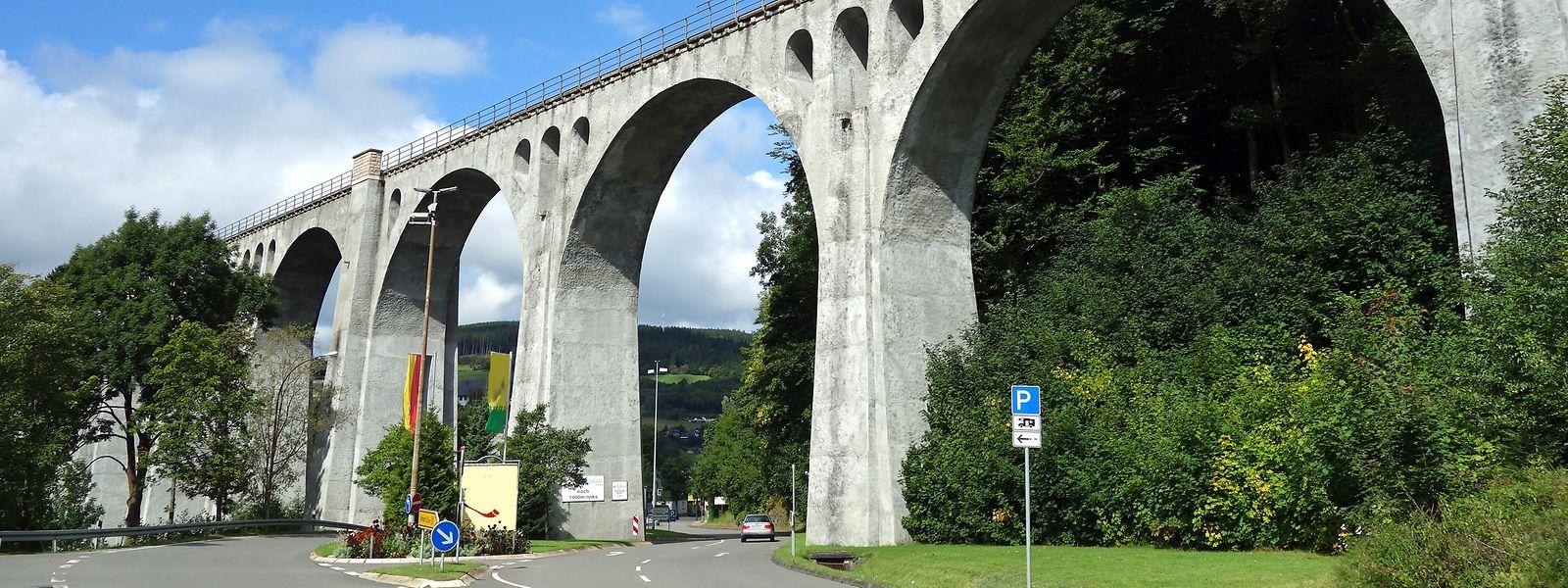 Der Bahnviadukt von Willingen wurde 1917 erbaut und prägt auch weiterhin die Landschaft.